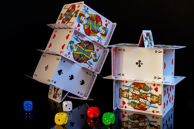 הדפסת קלפים בעיצוב אישי
